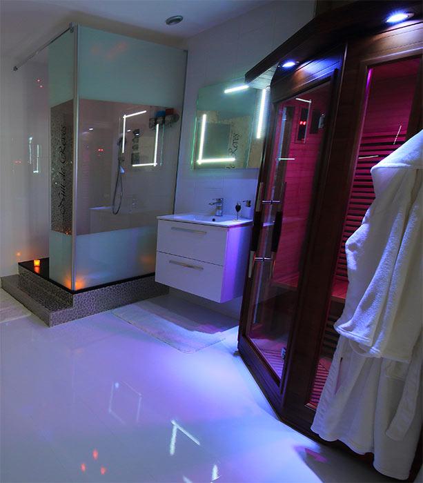 Appartement nuit de r ves metz for Miroir 2mx2m